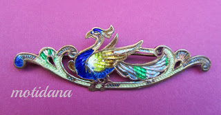 vintage peacock pin - enameled