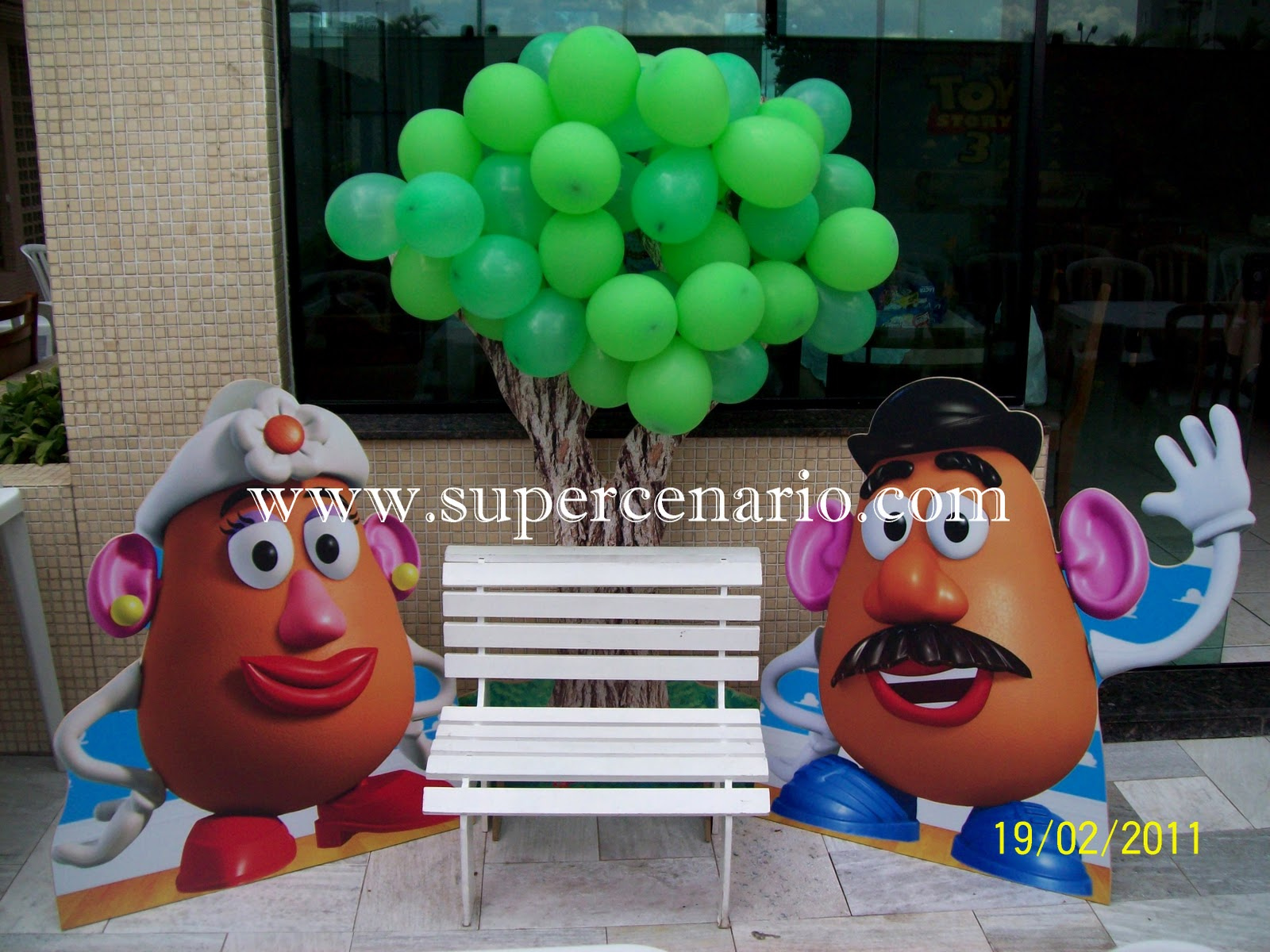 Decora    O Clean Toy Story 3  Painel Nuvens