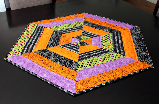 Fabric Mill:  Spiderweb Table Topper Tutorial