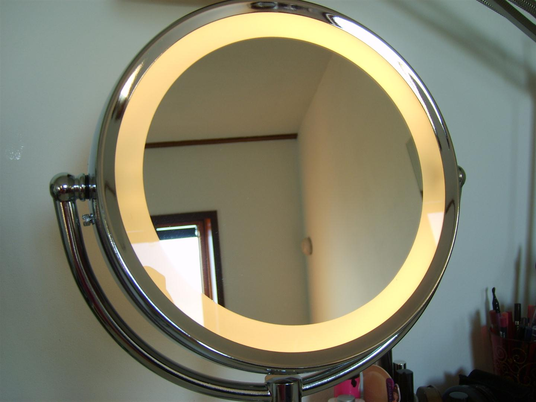 Best van make up spiegel met verlichting make up spiegel for Blokker spiegel