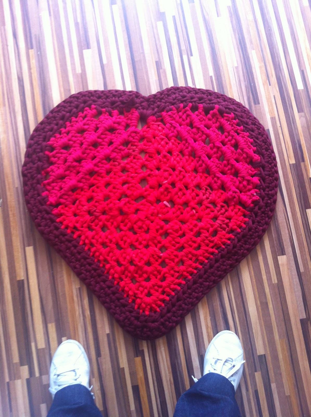 Alfombra Corazón de trapillo (con patrón)   La madriguera de Sylvannas