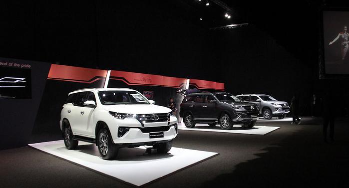 Peluncuran Toyota Fortuner Terbaru 2015 - 010