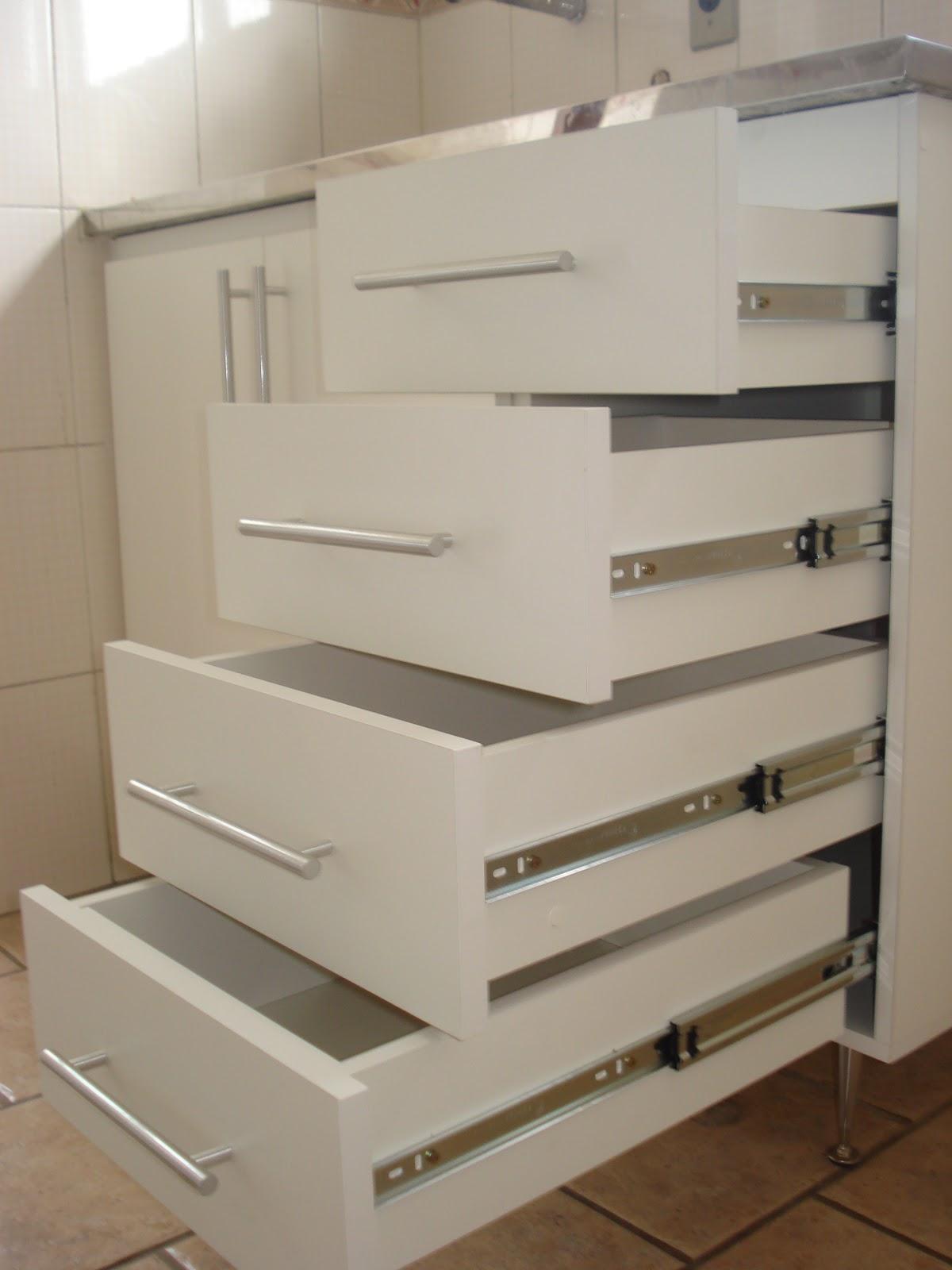 Lopes Armários Planejados Armário de Cozinha  (Padrão Branco)  Portas em 1 -> Puxadores Para Armario De Banheiro