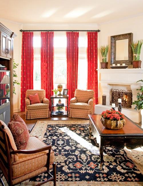 Gorden ruang tamu tradisional dengan warna merah bata