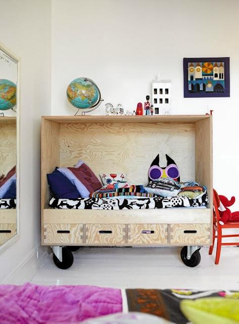 http://designoform.com/inspiration-kidsrooms/ett-flyttbart-krypin/
