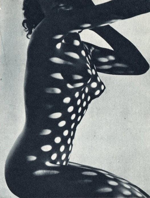 Heinrich Heidersberger. Kleid aus Licht. Vestido de luz