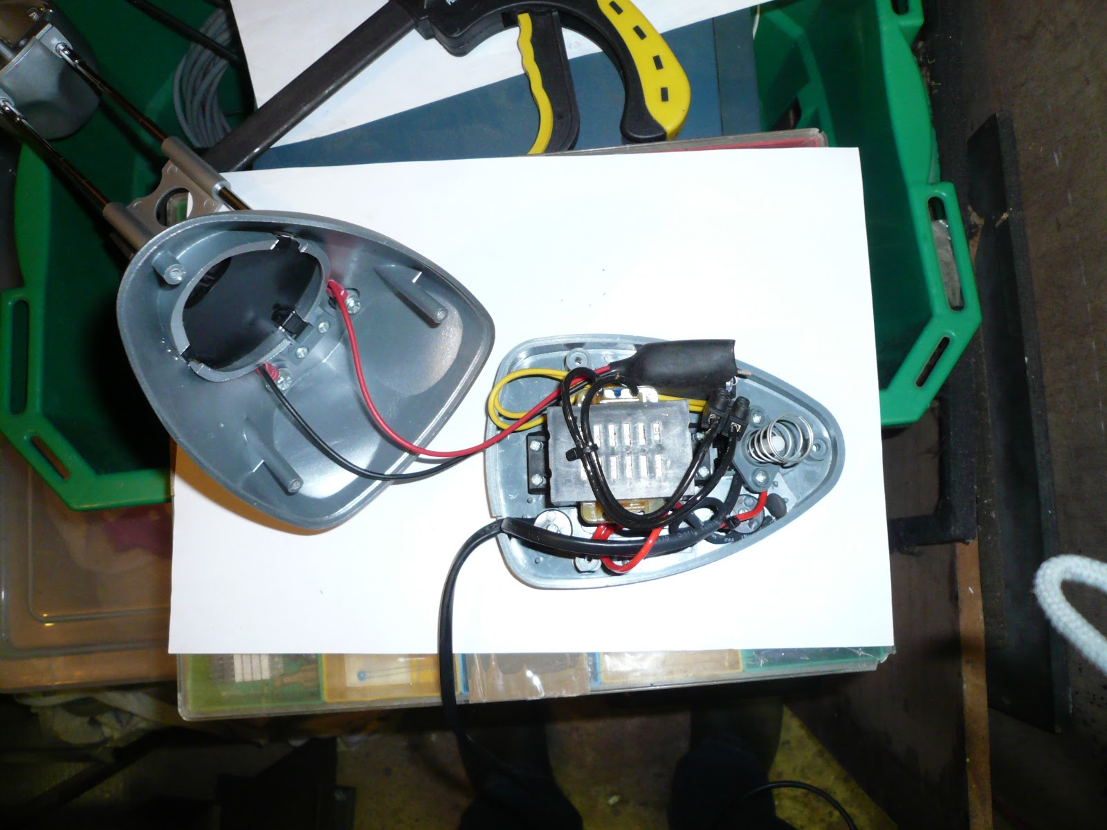 Making The Net Work Successfully Replacing A Halogen Bulb With Flicker Circuit Shown Below These Smd Leds Will Not Flash Or Finally I Tucked Rectifier And Leads Into Base Re Assembled Sure No Wires Were Crimped Exposed After Fully Assembling