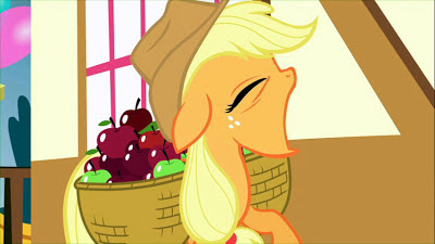Applejack yawning