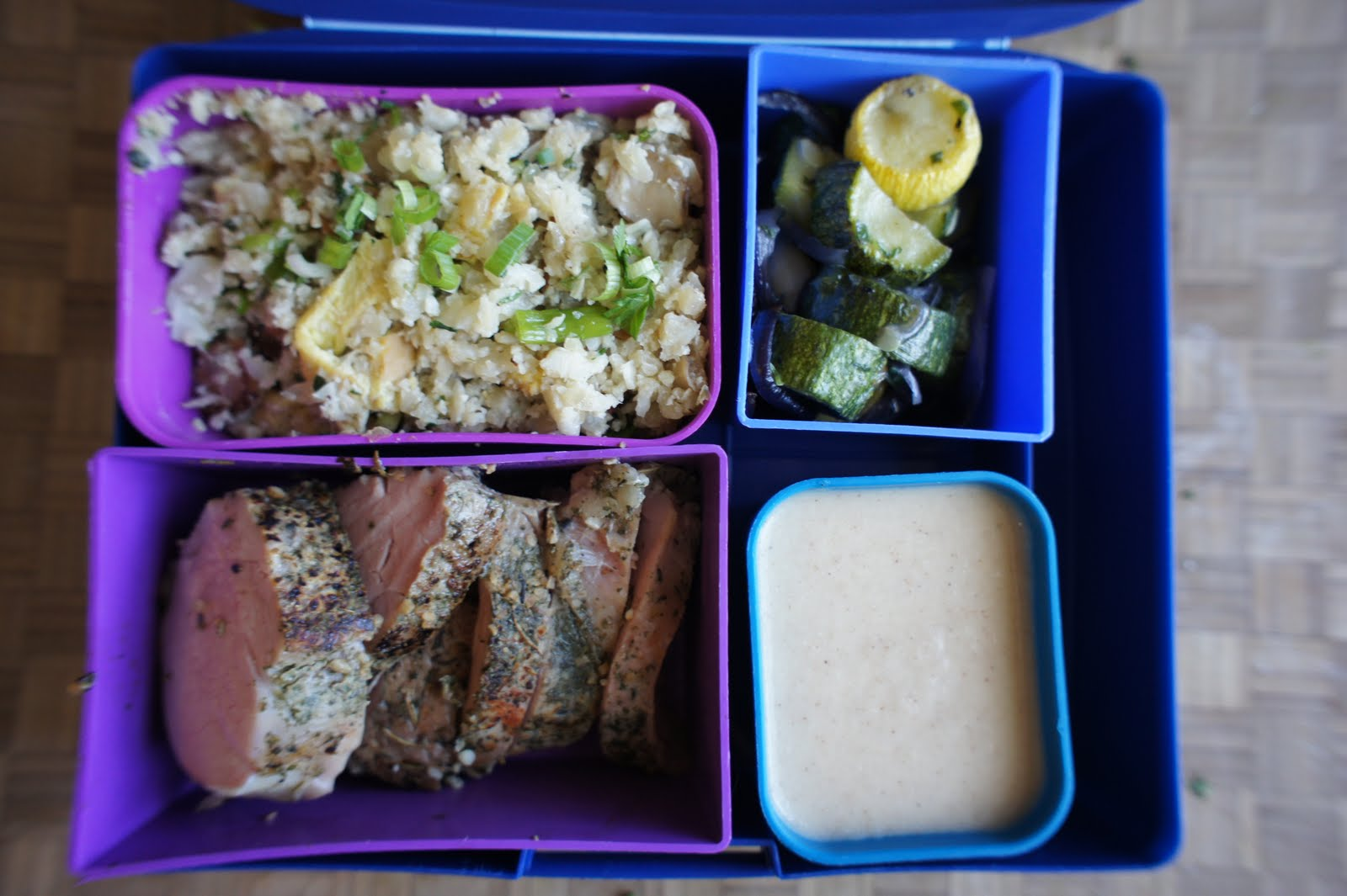 eating in a box paleo diet bento. Black Bedroom Furniture Sets. Home Design Ideas