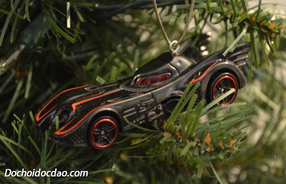 Trang Trí Noel Với Xe Đồ Chơi Hotwheel 2