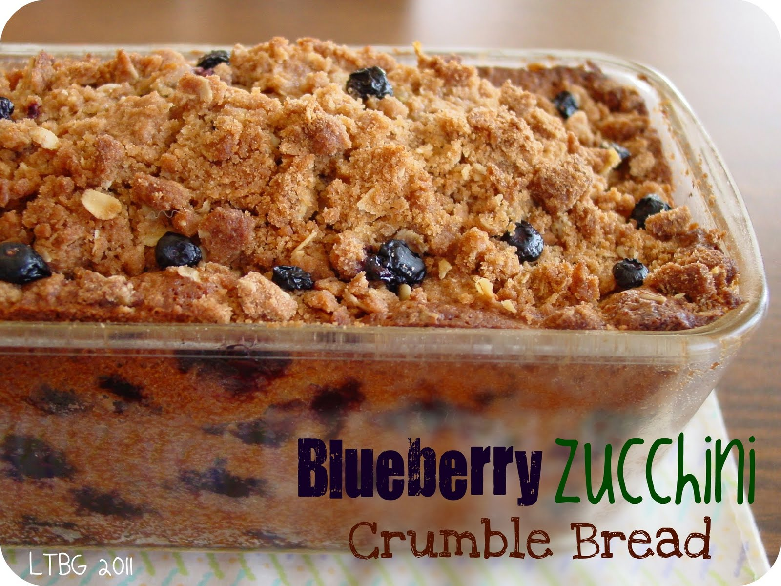 Blueberry Zucchini Crumble Bread