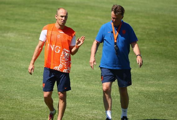 Manchester United to land Bayern Munich attacker Arjen Robben