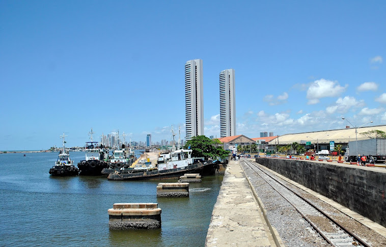 Rebocadores no Porto do Recife