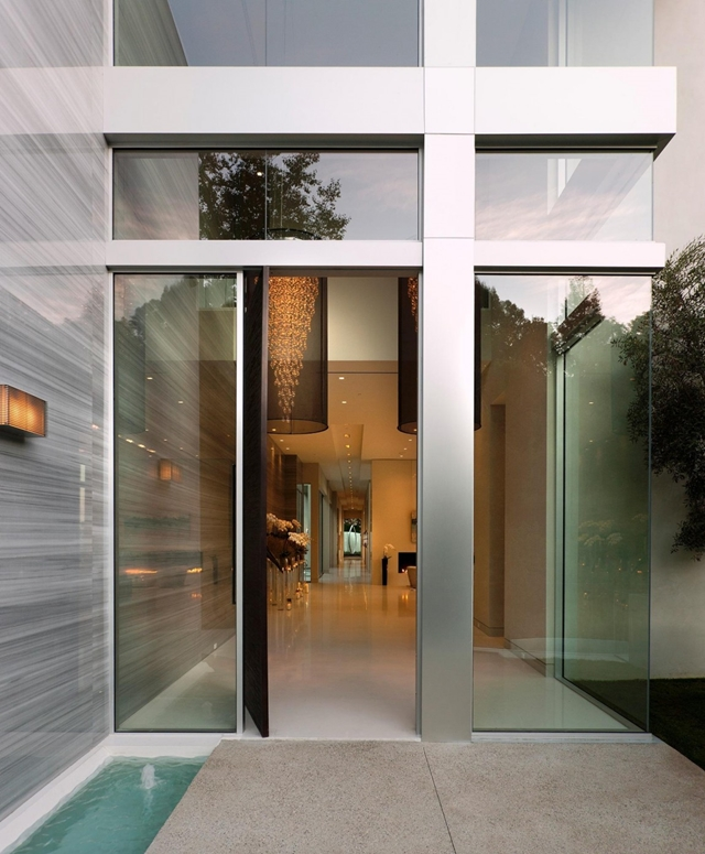 Modern entrance into the modern home