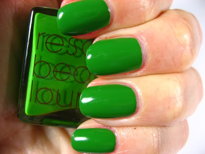 Right on the Nail: Rescue Beauty Lounge \
