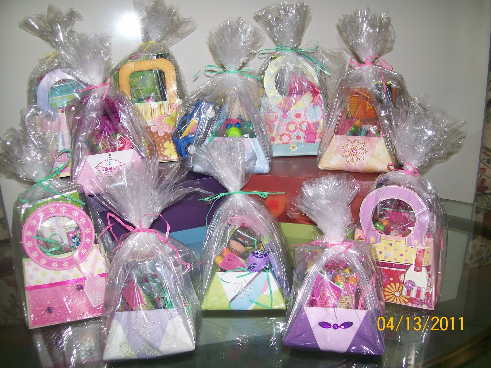 Crafting with helena april 2011 easter baskets negle Image collections