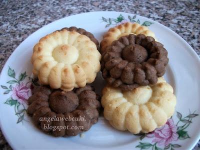 Narancsos és narancsos kakaós keksz, tejtermék mentes süti, kakaóval még finomabb.