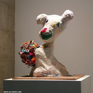 Escultura abstracta en el MARCO de Vigo
