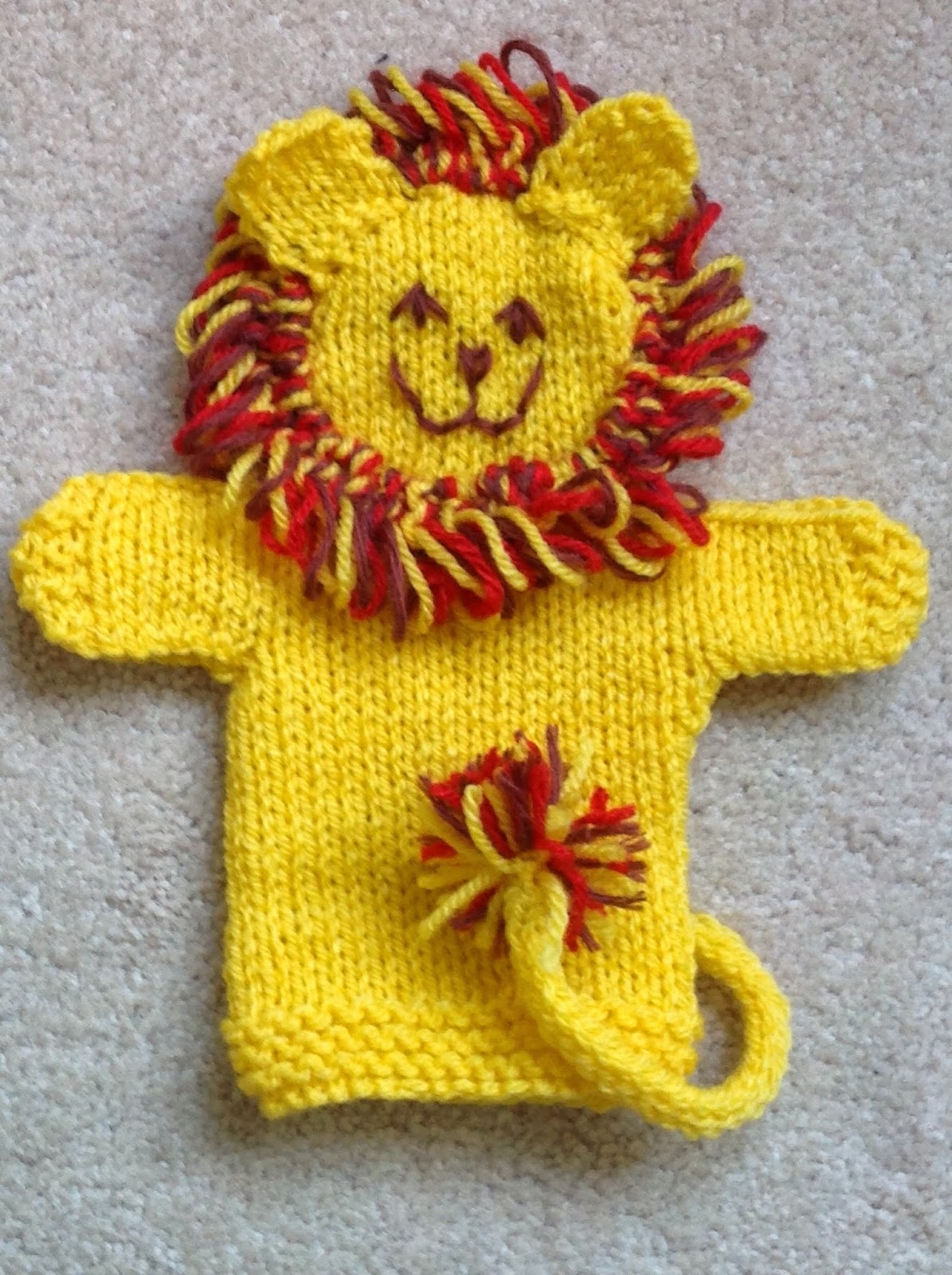 Free Knitting Patterns For Christmas Decorations : Musings of the Puppet Lady: Lion Puppet Knitting Pattern