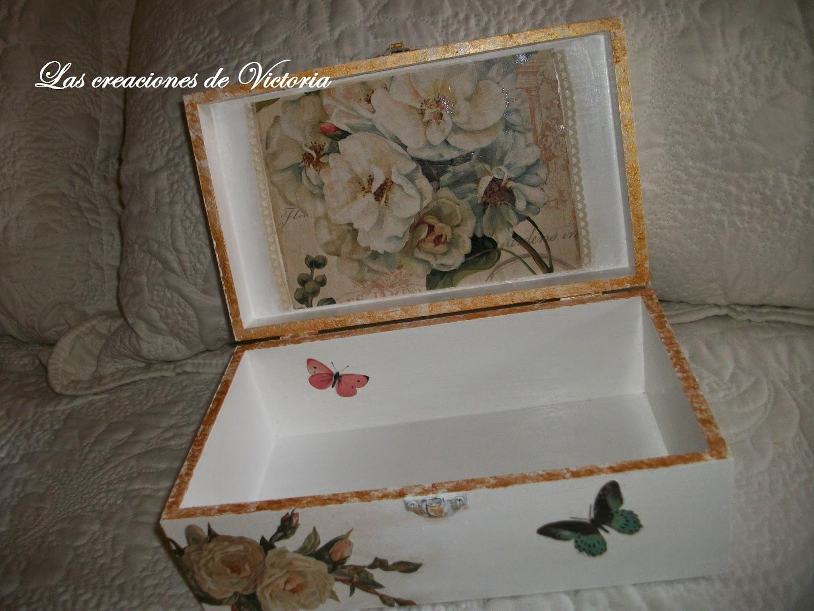 Las creaciones de Victoria.Caja vintage .Caja de madera con decoupage.
