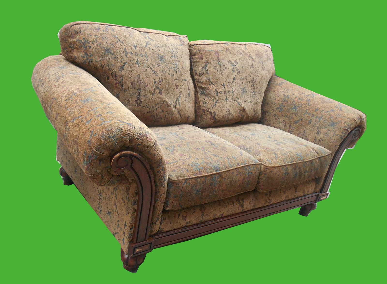 Uhuru Furniture Collectibles Plush Chenille Sofa And Loveseat Set Sold