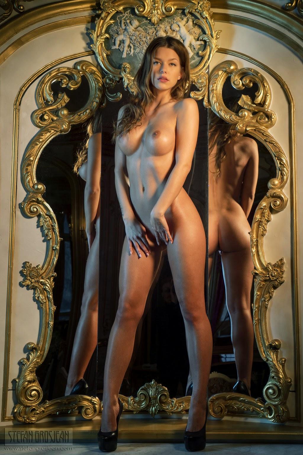 Luscious Alejandra kalman nude ass! Love