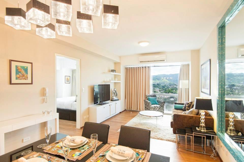 Hl designs a pretty one bedroom condo for 1 bedroom condo design ideas