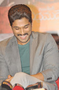 Allu Arjun latest stylish photos-thumbnail-12