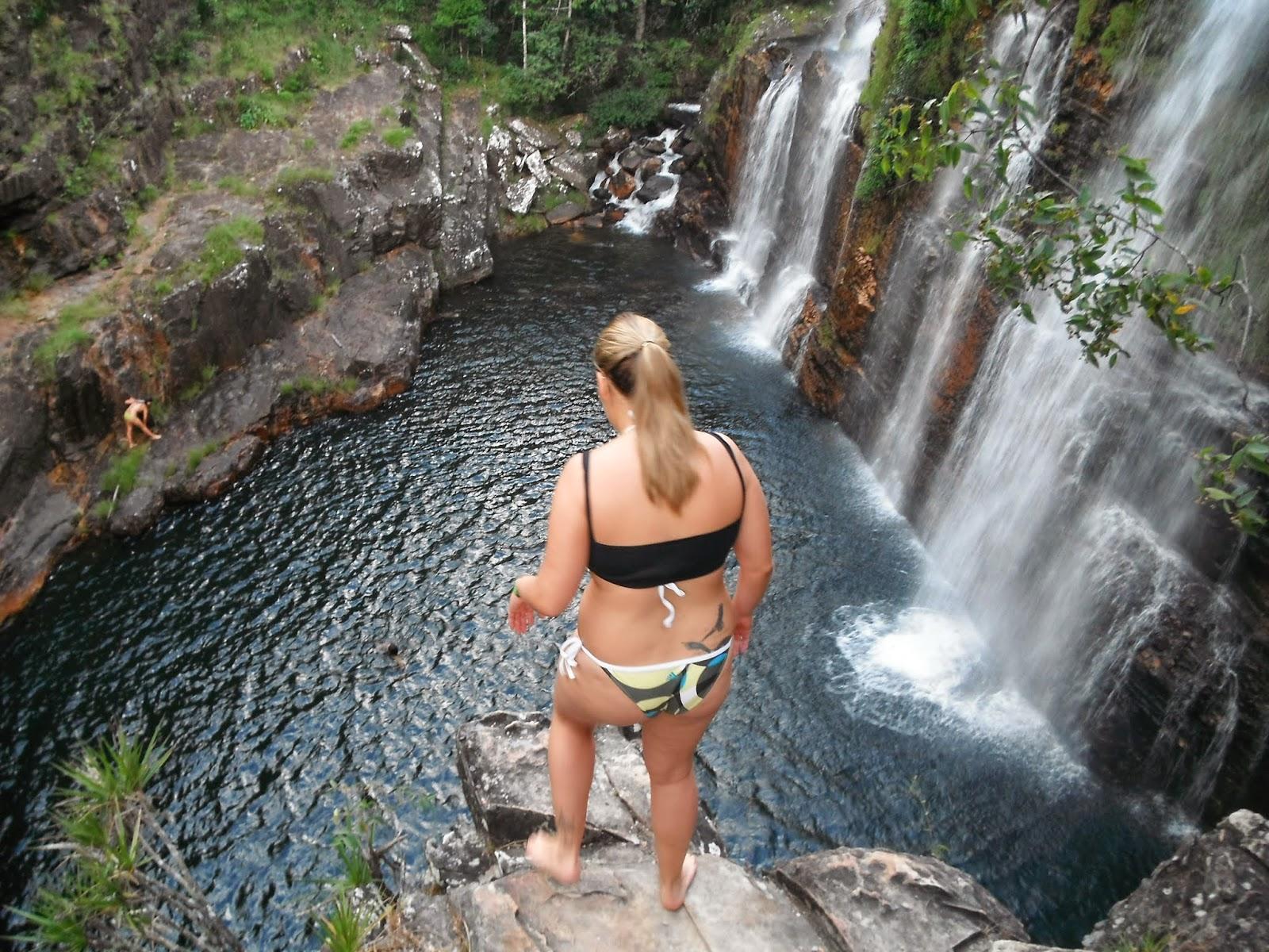 Salto na Cachoeira Almécegas I, Fazenda São Bento, Alto Paraíso, Chapada dos Veadeiros