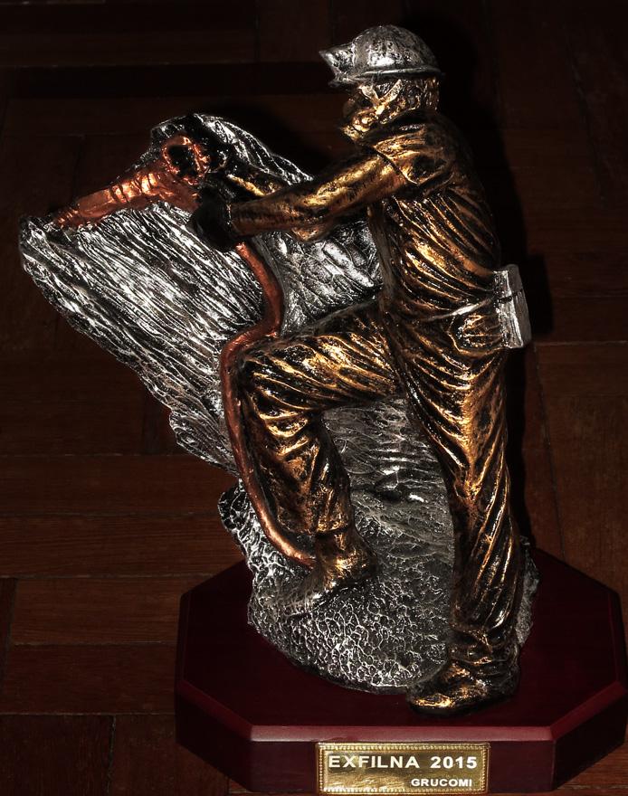 Trofeo de Grucomi en la EXFILNA de Avilés