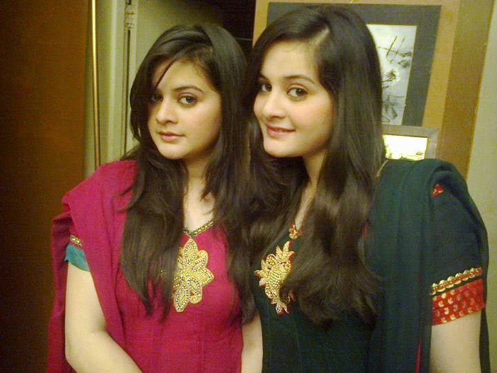 18 Pakistani Celebrity Sister's Exclusive Pictures - YouTube