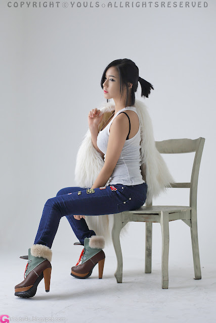 1 Kim Ha Yul - White Top and Jeans-very cute asian girl-girlcute4u.blogspot.com