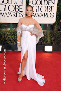 Jennifer Lopez Red Carper Arrivals Golden Globes 2011