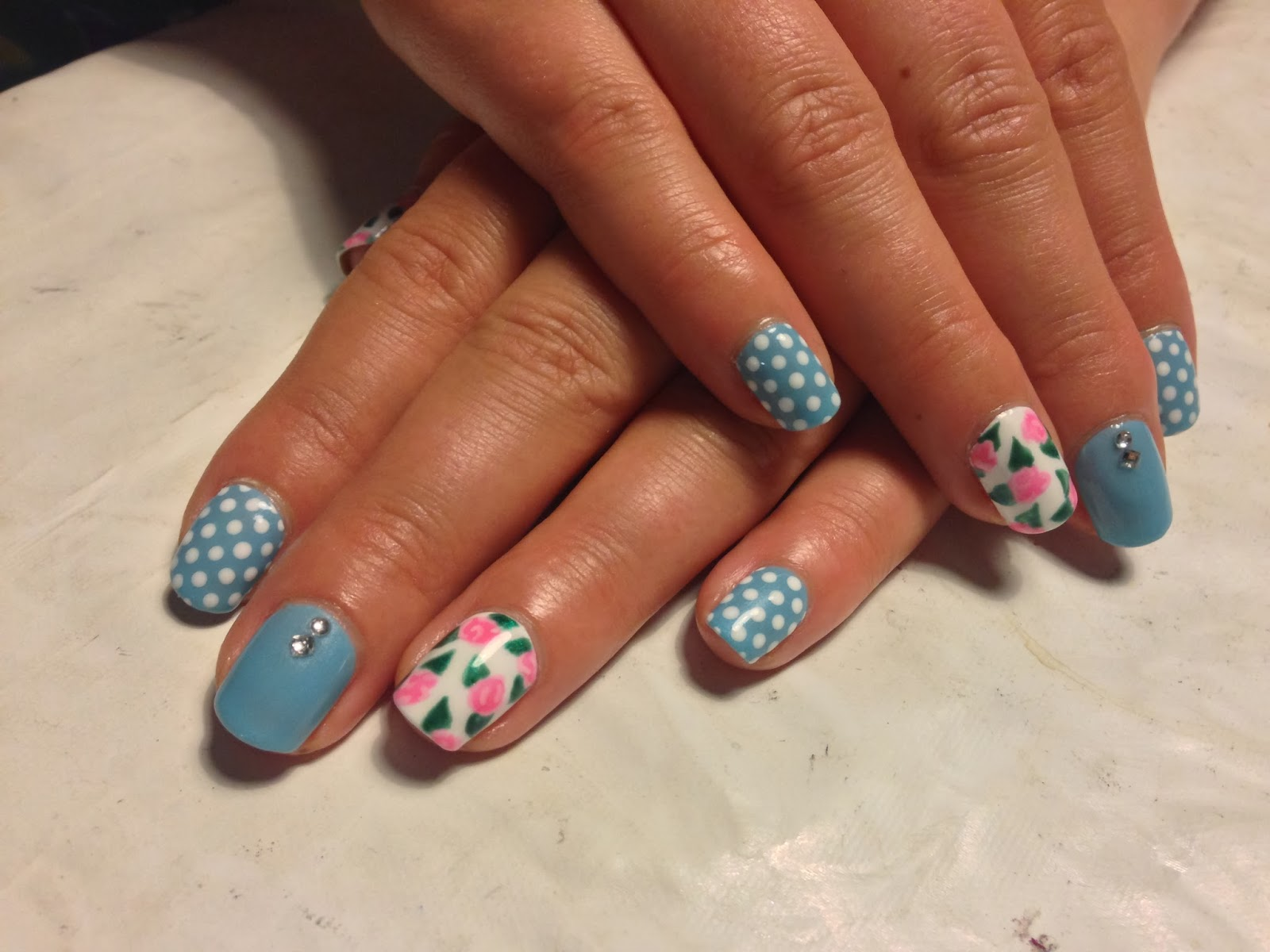 Brush up and Polish up!: CND Shellac Nail Art - Cath Kidston Blue