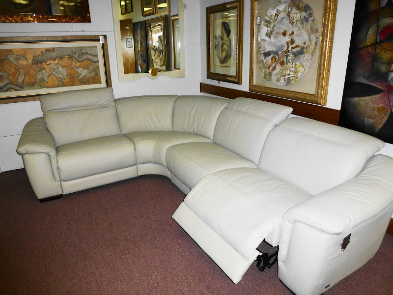 Natuzzi Leather Sectional with Recliners