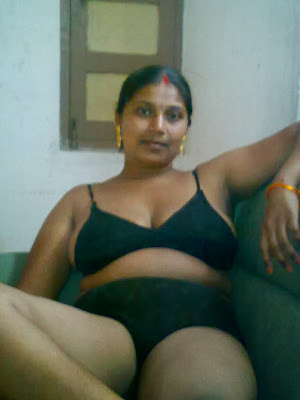 Mallu housewife nude show in bra and panty | Boobs + Pussy = Sexiest ...