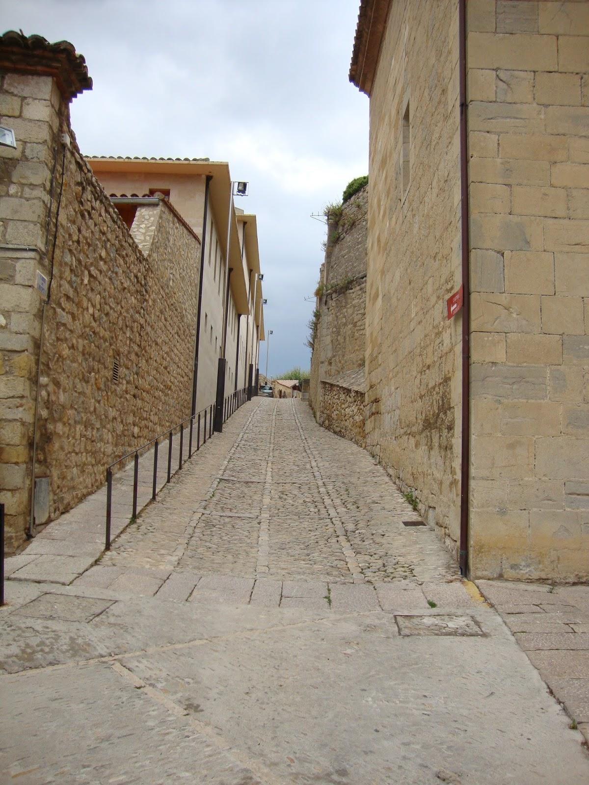 Morella castell n touradapt for Oficina turismo morella