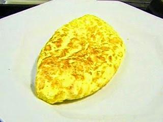 Omelette Con Salsa De Poblano
