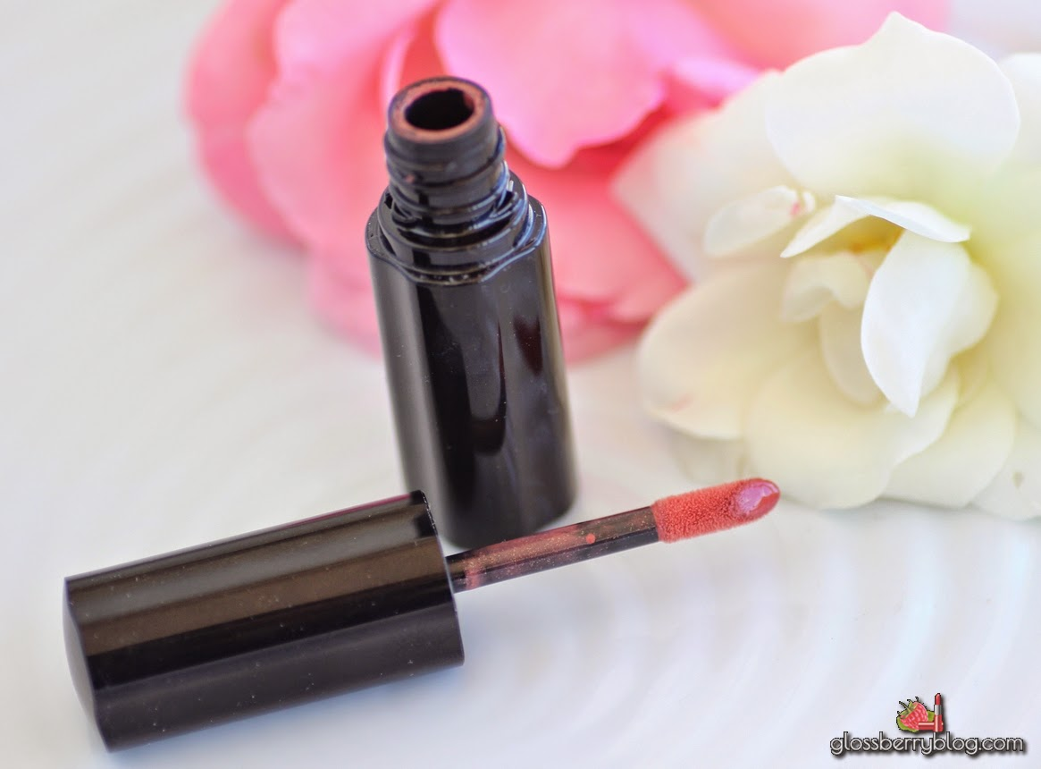 shiseido lacquer rouge review swatched rd סקירה שיסיידו שפתון נוזלי גלוסברי בלוג איפור וטיפוח