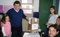 Voto Gustavo Pulti en  las Grales. de Octubre 2011