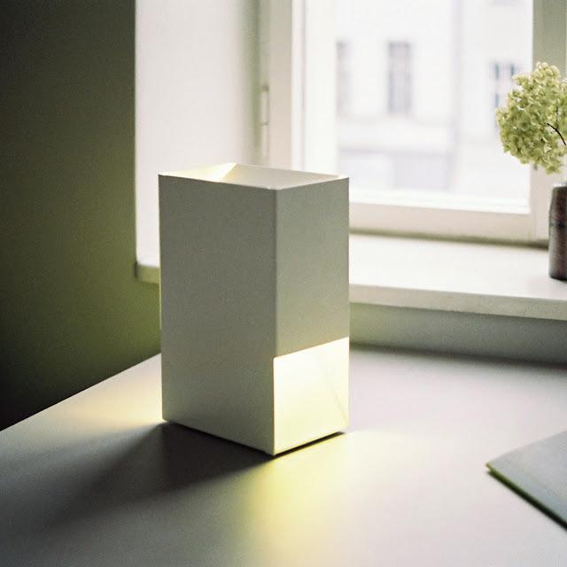 Tischleuchte, minimal lamp