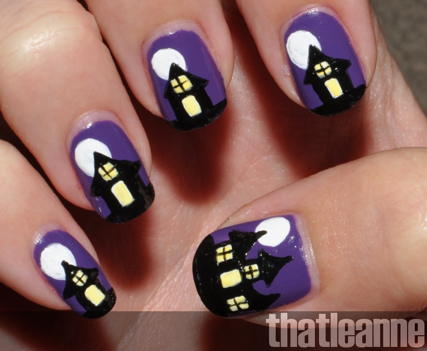 spooky+haunted+house+nail+art+halloween