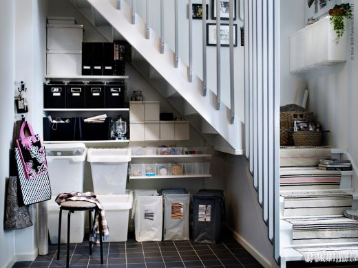 Sweet storage solutions - Bureau sous escalier ...