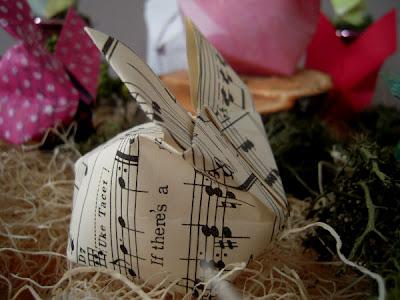 http://3.bp.blogspot.com/-HWl9OYSTTug/TZkndbNd1xI/AAAAAAAABuc/gCnOuvKng6M/s200/origami+bunny3.jpg