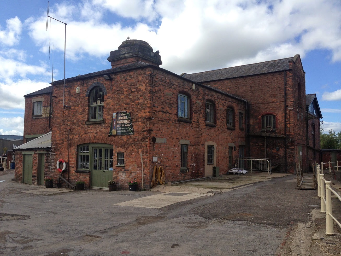 Old British Waterways building, Gloucester Docks