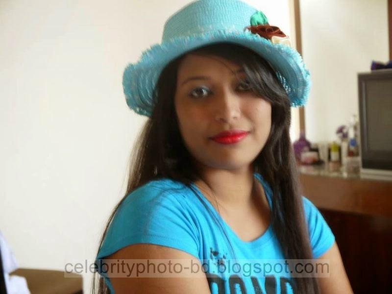 Beautiful%2BBangladeshi%2BLocal%2BHot%2BGirl%2BNishat%2BMollik%2BPhotos%2BCollection%2B2014 2015008