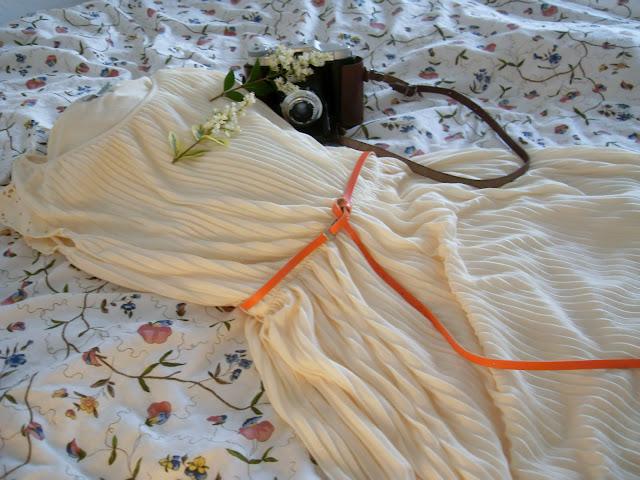 pull & bear pleated dress, princess dress, vintage dress, vestito a pieghe