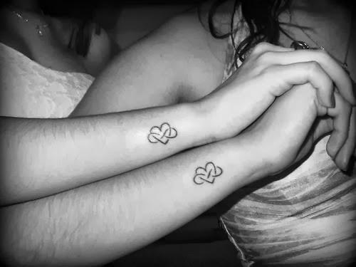 Tatuagem rômantica