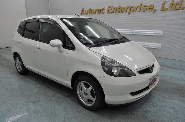 2003 honda fit for zimbabwe to durban japanese vehicles to the world. Black Bedroom Furniture Sets. Home Design Ideas