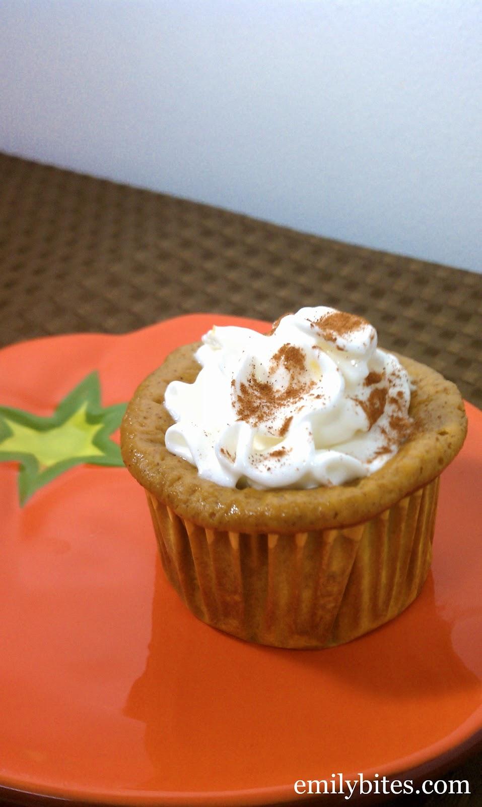 Crustless Mini Pumpkin Pies - Emily Bites